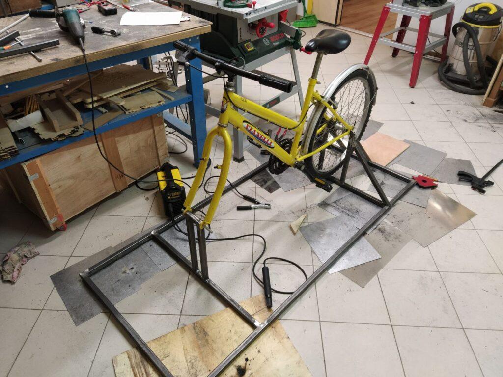 bicicletta ricarica smartphone